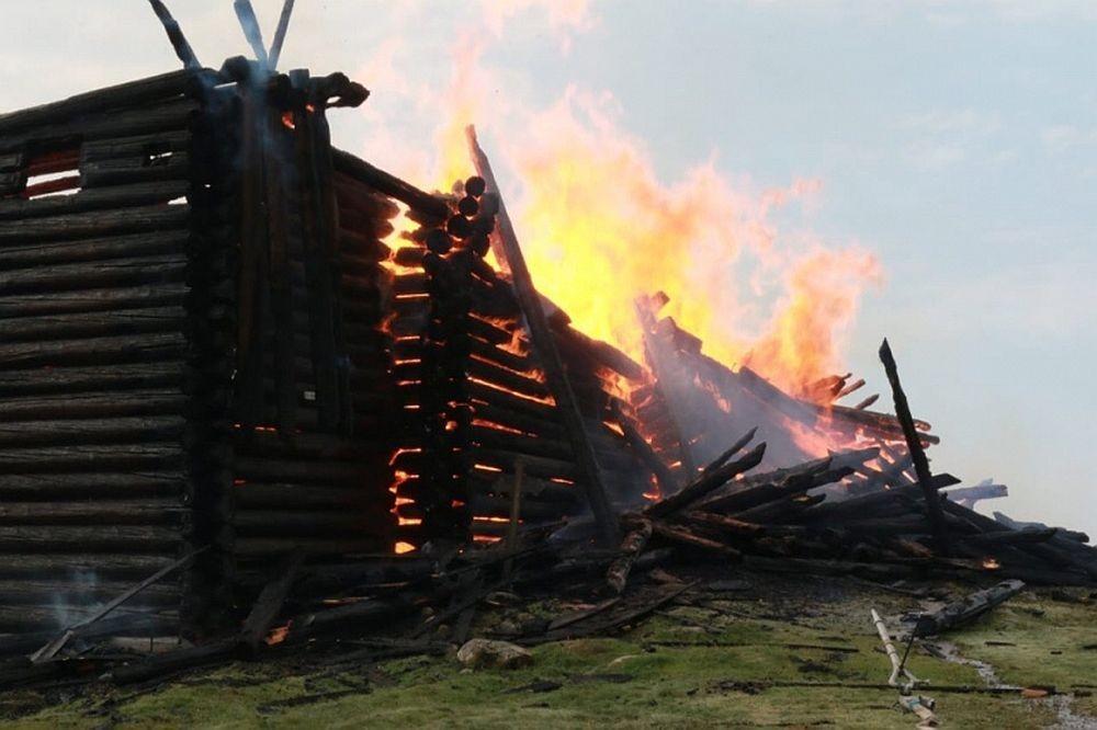 Огонь и история: сгоревшие за 10 последних лет памятники