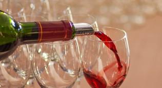 Законопроект об ограничении продажи алкоголя в кафе жилых домов внесён в Мосгордуму