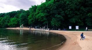 Около 200 пляжей и мест отдыха у воды откроются в Подмосковье 1 июля