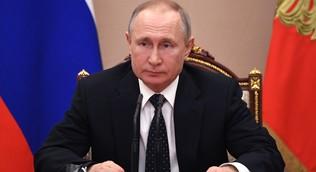 Путин поручил с 12 мая возобновлять работу базовых отраслей экономики