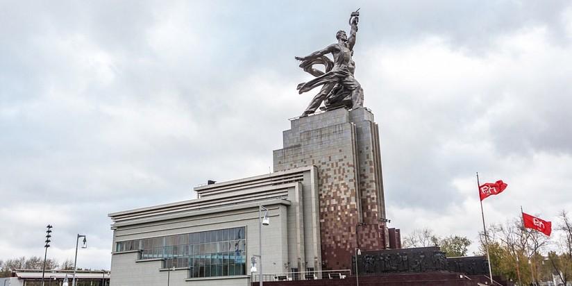 Проведение вВДНХ выставки наилучших экспонатов из русских музеев запланировано наапрель