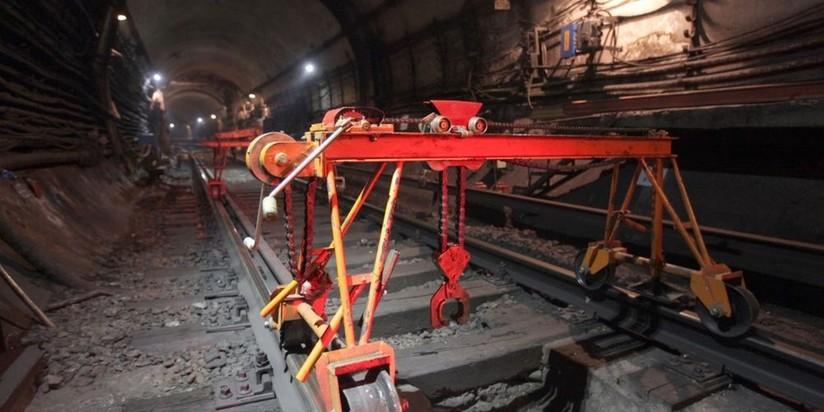 Капитальный ремонт путей метро