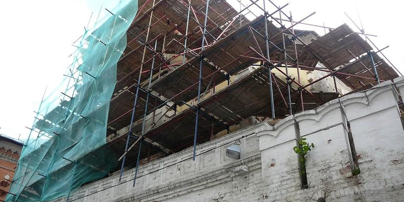 Реставрационные работы в Высоко-Петровском монастыре