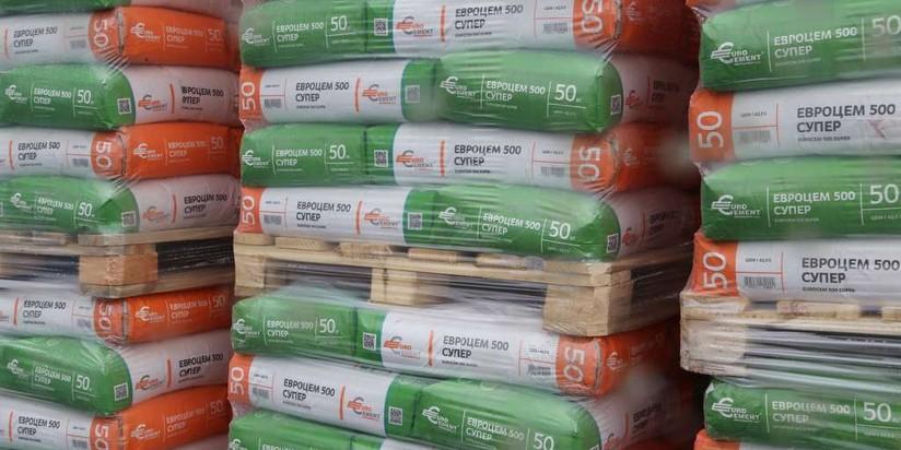 Союзцемент: втечении следующего года падение потребления цемента в Российской Федерации остановится