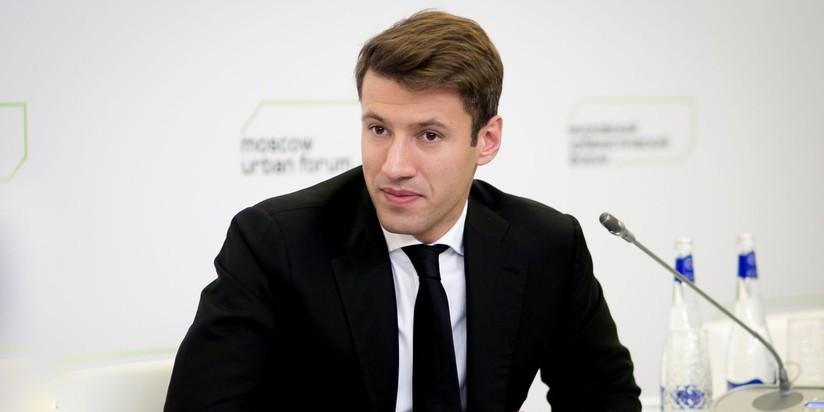 Медведев назначил руководителя АИЖК Плутника гендиректором Фонда защиты прав дольщиков